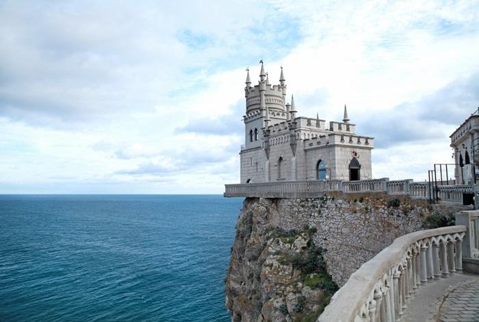 Замок «Ласточкино гнездо» в Ялте