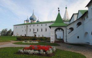 Крестовая палата Суздальского кремля