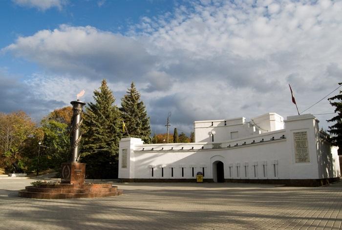 Малахов курган в Севастополе