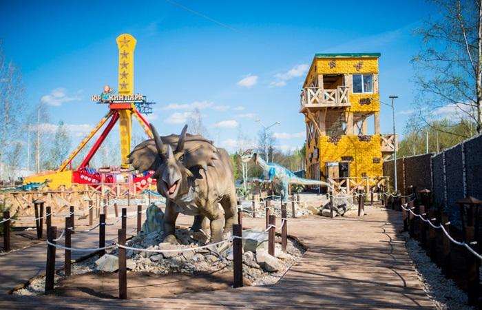 Парк динозавров «Юркин Парк» в Кирове