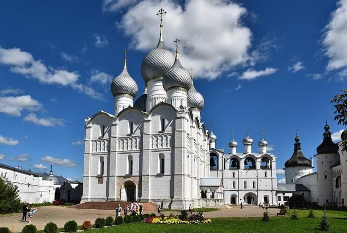 Успенский собор в Ростове Великом