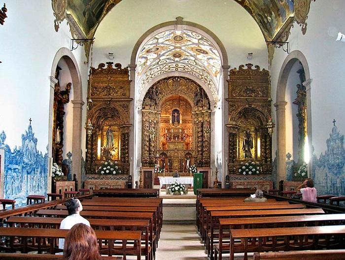 Церковь Успения Девы Марии