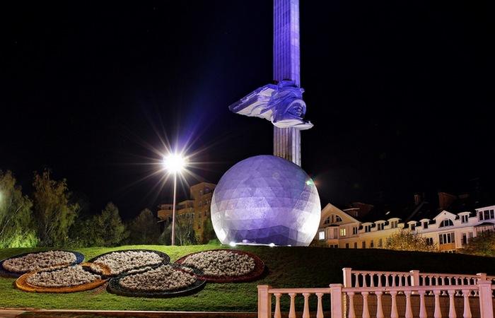 Монумент 600-летия Калуги