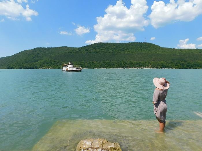 Озеро Абрау и комбинат шампанских вин «Абрау-Дюрсо»