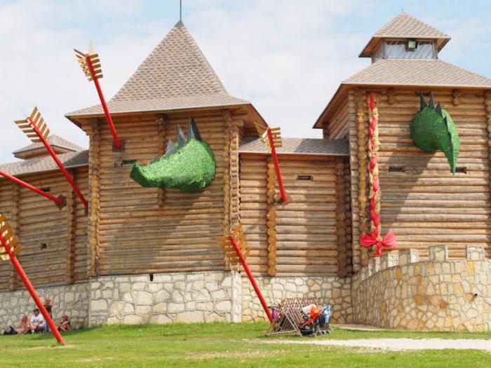 Бревенчатая скифская крепость