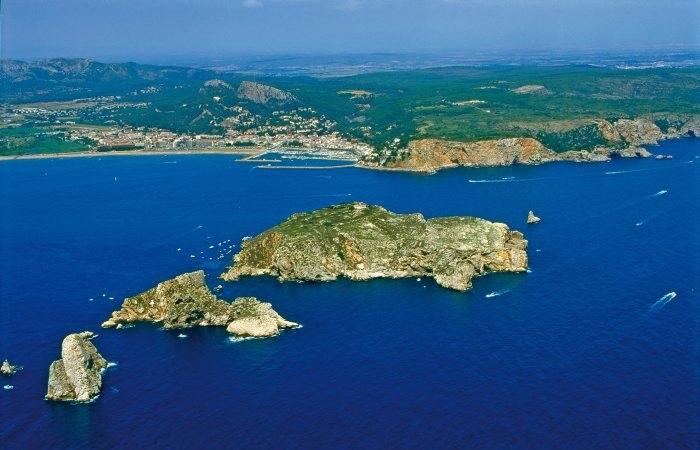 Острова Медес