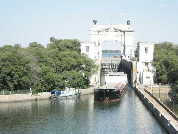 Цимлянское водохранилище – рукотворное море. Добровольский останец01