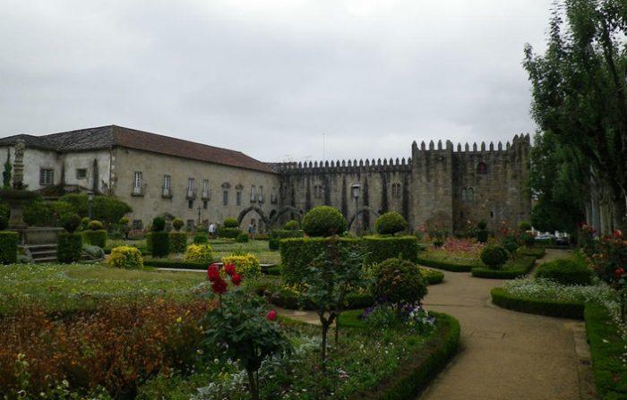 Бывший епископский дворец