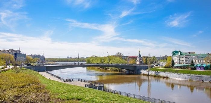 Юбилейный мост города Омска