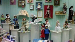 Экспозиция музея кукол