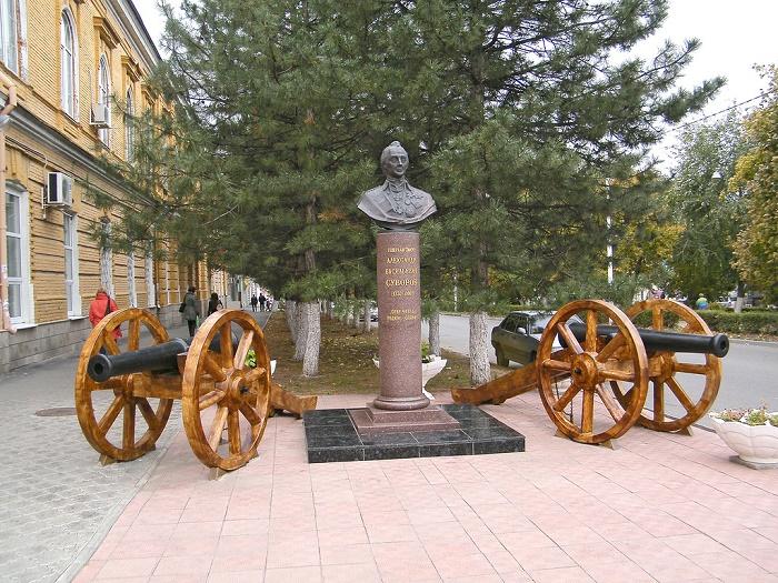 Памятник Александру Суворову