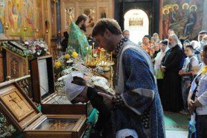 Служба в Успенской церкви