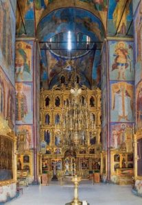 Старинная роспись внутри собора