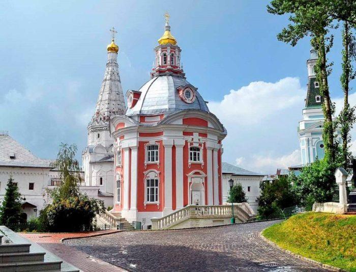 Церковь Смоленской иконы Божией Матери Одигитрии