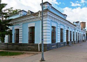 Железнодорожный вокзал в Чехове