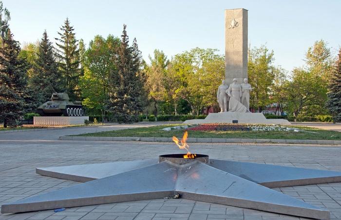 Мемориальный комплекс «Героям гражданской и Великой Отечественной войны»