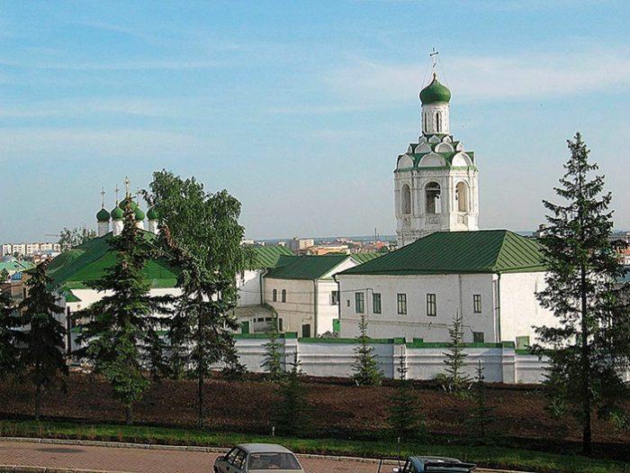 Монастырь Иоанна Предтечи в Казани