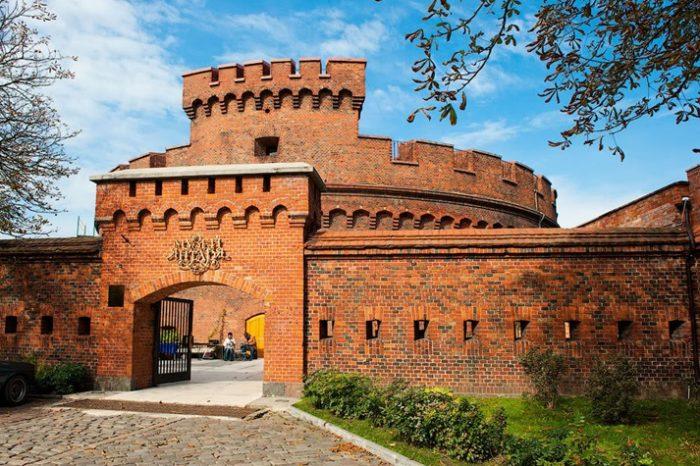 Росгартенские ворота – вход в Музей янтаря.