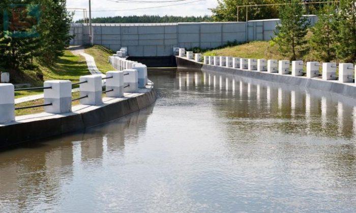 Шлюз Сызранской ГЭС.