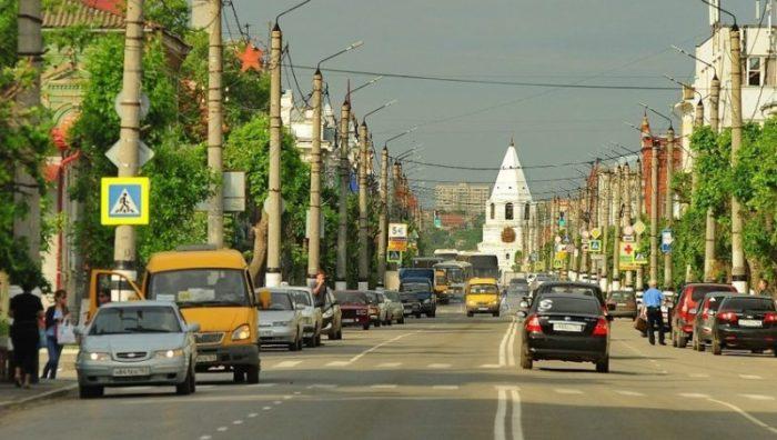 Улица Советская богата зданиями, ценными с точки зрения истории.