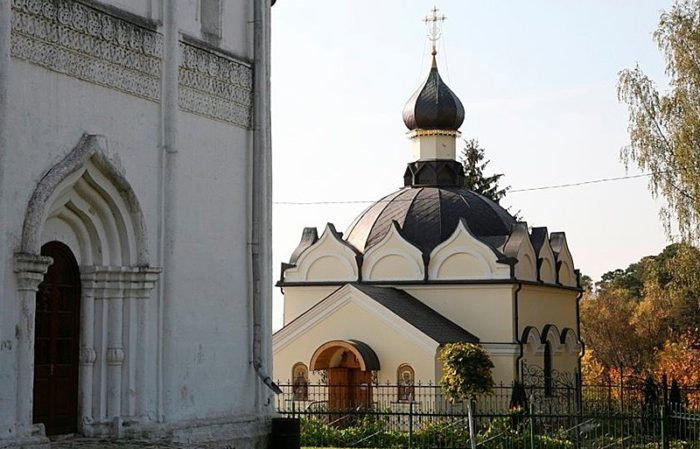 Вид фасадов собора
