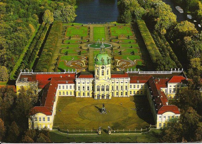 Дворец Charlottenburg в Берлине