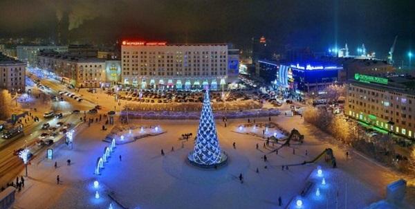 Главная площадь города – Площадь Пяти углов