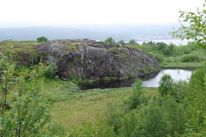 Семёновское озеро: парк и геологический памятник Бараний лоб