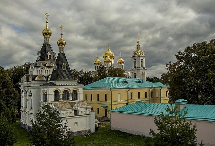 Елизаветинская церковь и тюрьма с пристройками