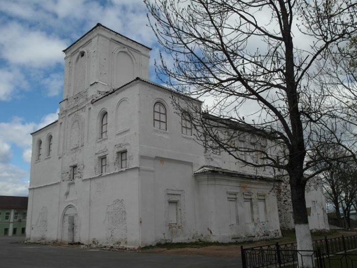Введенская церковь Валдая