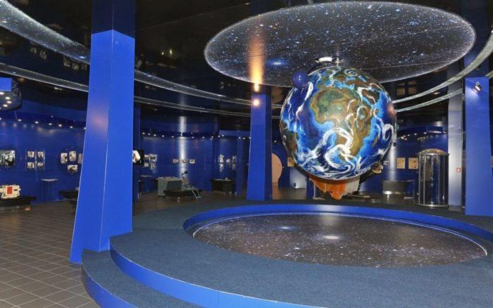 Экспонаты музея истории первого полета