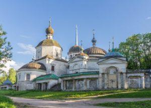 Церкви и соборы Старицы