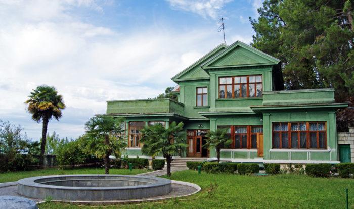 Дом-музей «Дача Сталина»