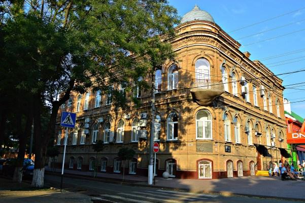 Старинные купеческие здания Ейска