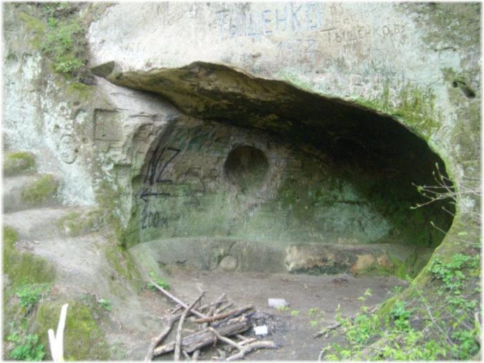 Звонкая пещера
