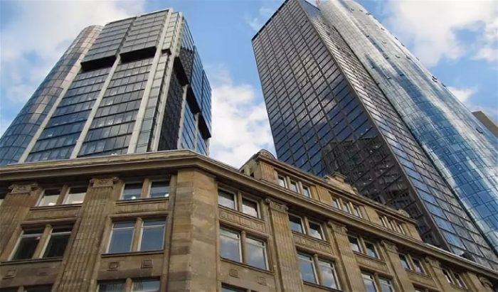 Отель Eurotheum (высота 111 м.)
