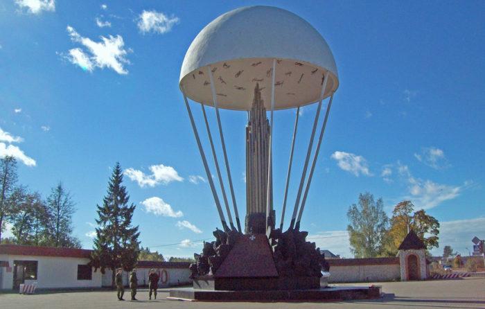 Памятник «6-й роте»