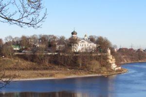 Вид на Снетогорский монастырь