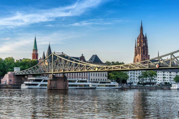 Старый мост Франкфурта (Alte Brücke)