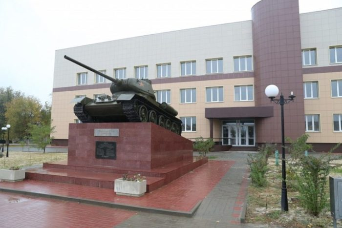 Памятник советским танкистам (Т-34)