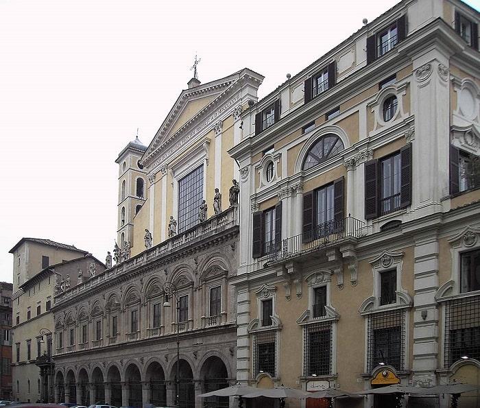 Дворец Палаццо Колонна