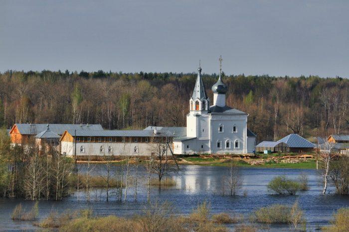 Свято-Знаменский женский монастырь