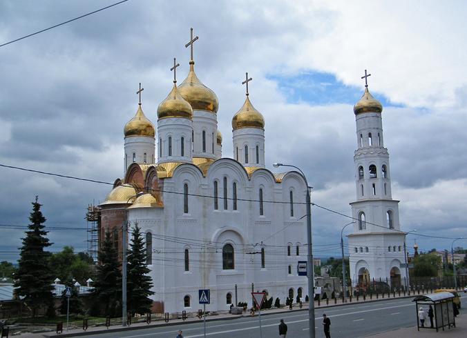 Брянский кафедральный Троицкий собор