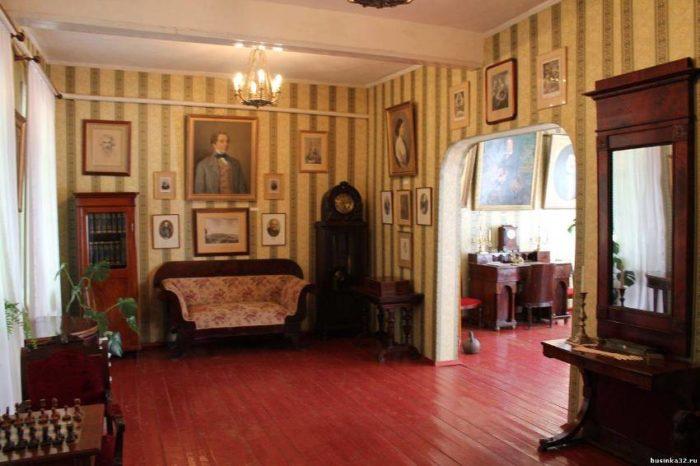 Литературно-мемориальный музей А. К. Толстого