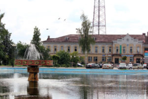 Памятник поэту Борису Корнилову-03