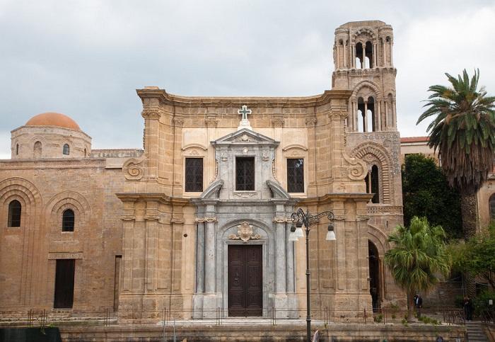 Церковь Ла Марторана