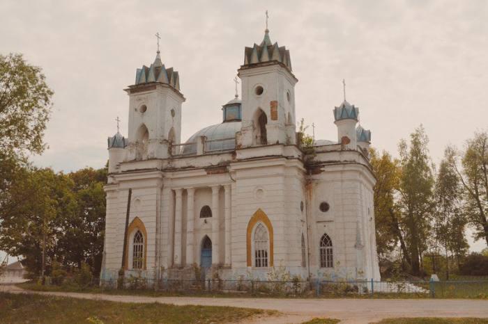 Церковь Спаса Преображения в селе Великая Топаль