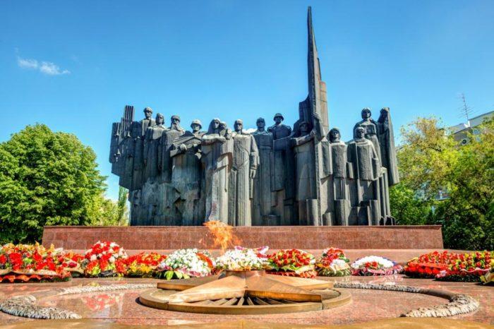 Мемориальный комплекс «Площадь Победы»