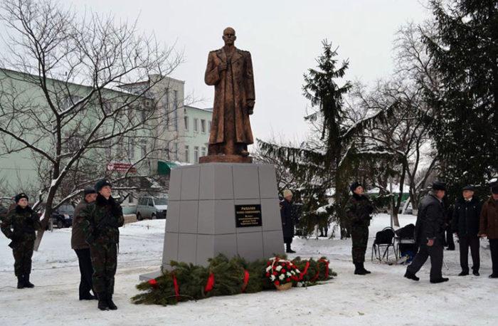 Памятник маршалу Павлу Рыбалко