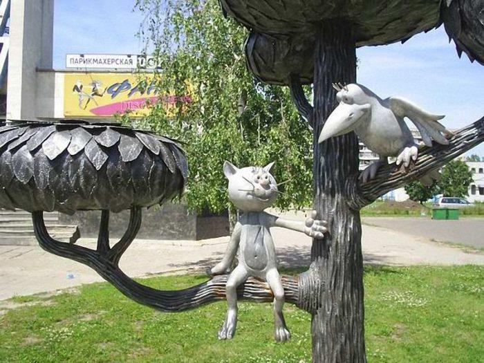 Скульптура «Котёнок с улицы Лизюкова»